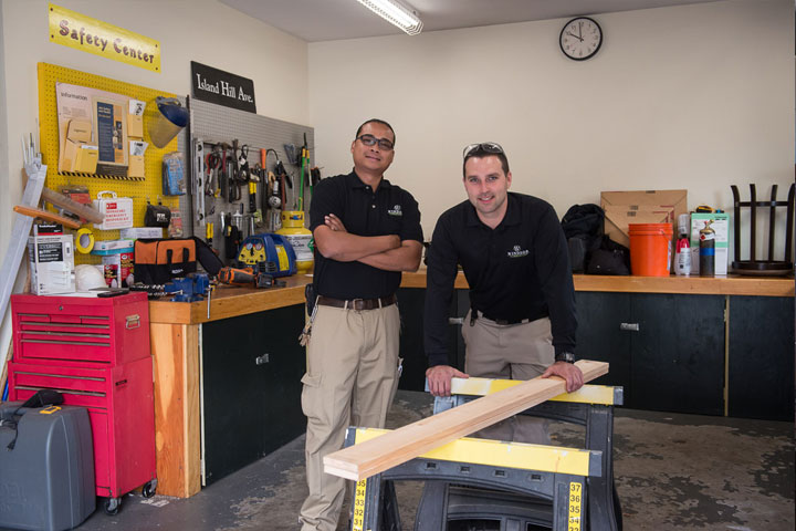720x400-two-guys-in-shop
